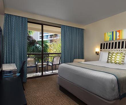 Rooms Bay Lake Tower At Disney S Contemporary Resort