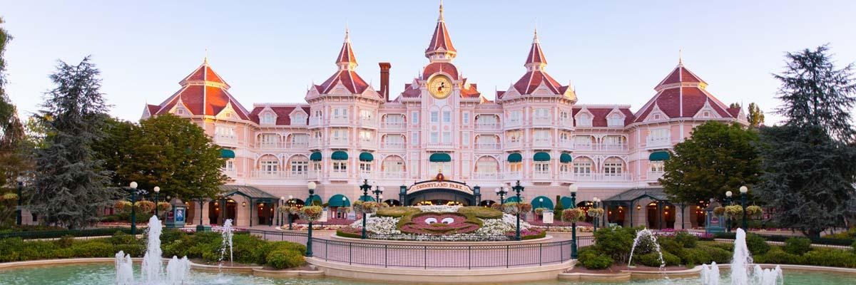 MagicBreaks disneyland-paris carousel banner