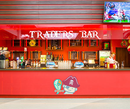 Smuggler's Tavern & Trader's Café Bar