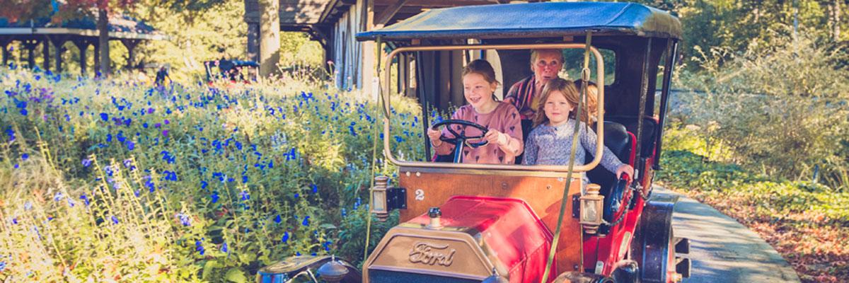 MagicBreaks park hours carousel banner