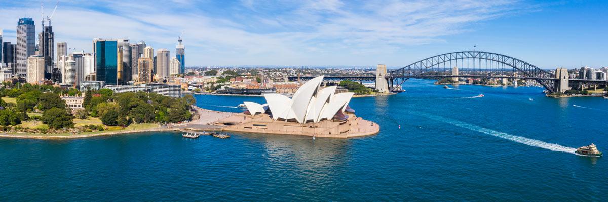 MagicBreaks Australia and Dubai carousel banner