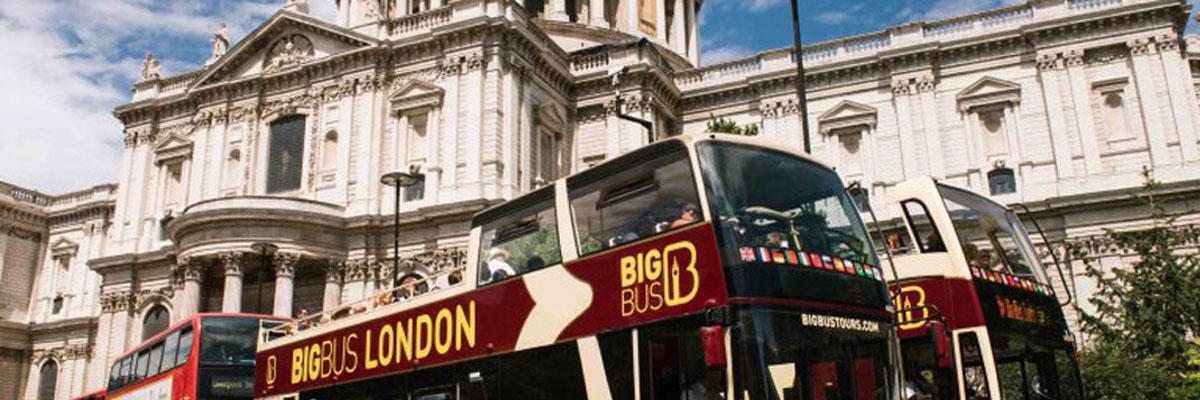 MagicBreaks london carousel banner